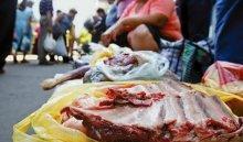 Иркутян просят не приобретать мясо на стихийных рынках из-за африканской чумы свиней