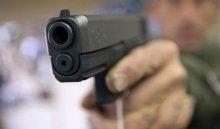 В Бодайбинском районе 19-летний житель застрелил отца своей подруги