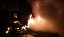 ВИркутске сгорел грузовой автомобиль Volvo, пострадал человек