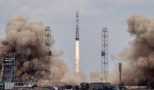 Ракета «Протон-М» своенным спутником стартовала сБайконура