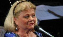 Нафестивале вБлаговещенске Ирина Муравьева получила приз имени Леонида Гайдая