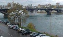Ремонтные работы на Глазковском мосту, где прорвало трубу, будут вестись до 20:00