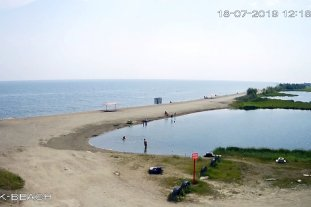 Берег Байкала, городской пляж, Северобайкальск