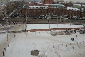 Онлайн-камера на здании  дворца спорта «Труд». Вид на улицу Ленина
