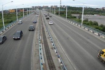 г.Иркутск, Академический мост, в сторону центра