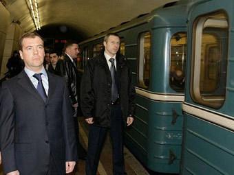 После визита Медведева система безопасности в метро перестала работат