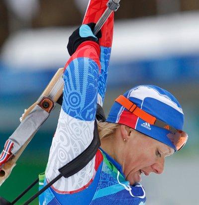Ольга Зайцева принесла России первое золото в Кубке мира по биатлон