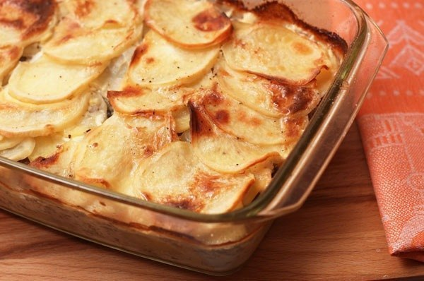 Как готовить картофельную запеканку с фаршем в мультиварке