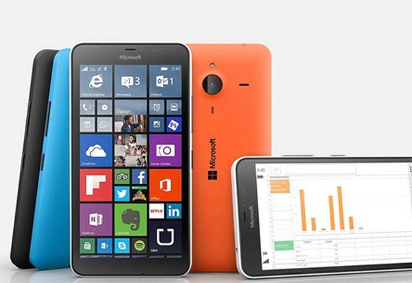 Продажи самого большого смартфона Microsoft стартовали в России