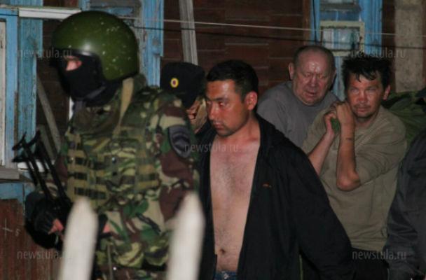 В Туле задержан подозреваемый в жестоком убийстве двух женщин и троих детей