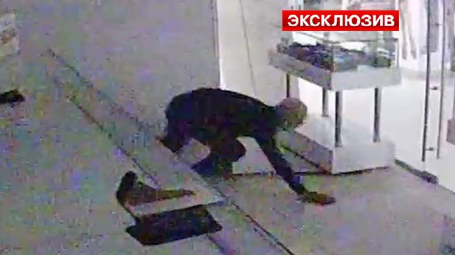 Московские оперативники разыскивают грабителя по кличке Пипец