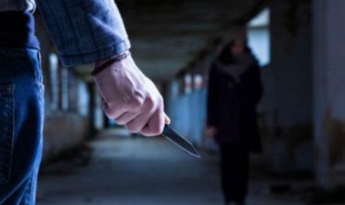 В Туапсе  мужчина ранил ножом мальчика, заступившегося за мать