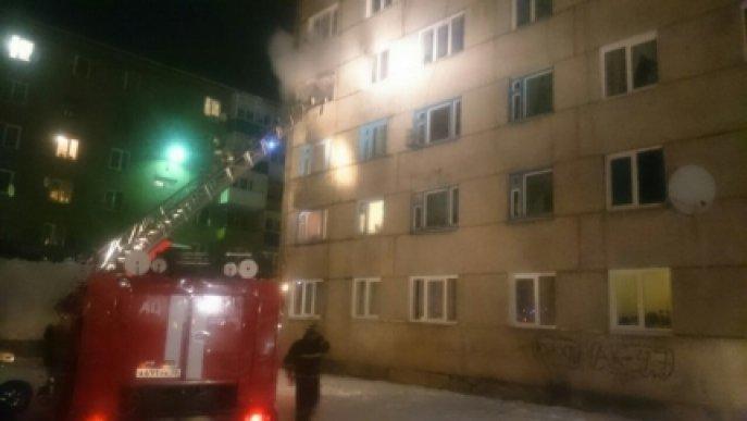 В Иркутске горели балконы жилого дома