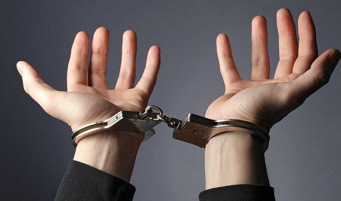 ВБратске задержали предполагаемых похитителей мужского костюма