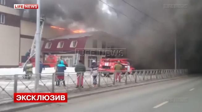 ВНовосибирской области горит склад мебельного гипермаркета