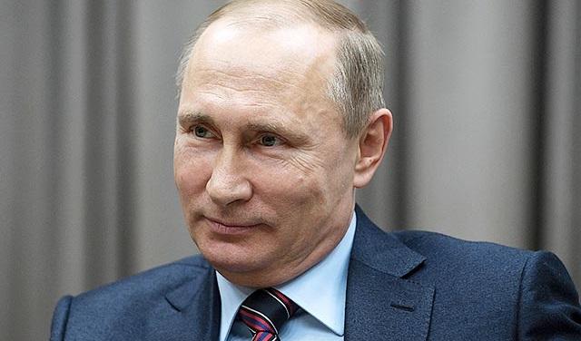 Путин подписал закон о повышении акцизов на бензин