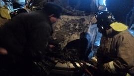Впоселке Жигалово местные жители потушили загоревшуюся Toyota Nadia