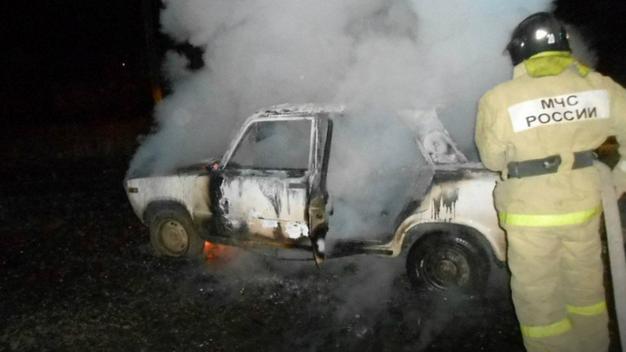 В Иркутске ночью сгорели «Жигули»