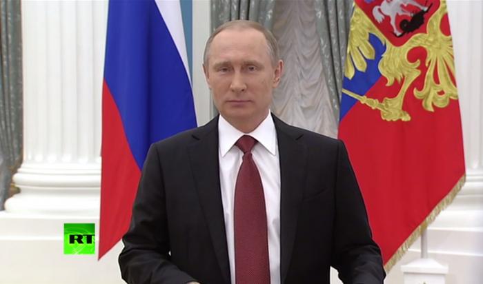 Владимир Путин поздравил женщин России с8Марта (ВИДЕО)