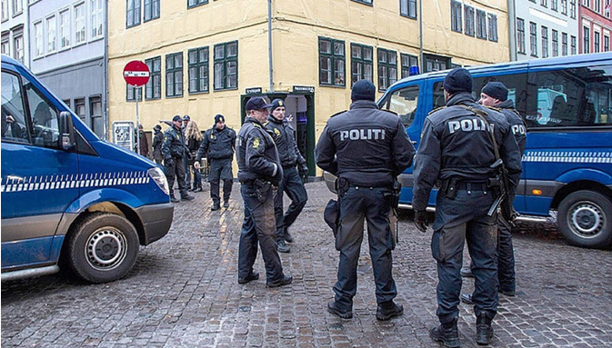 В Дании 16-летнюю девушку обвинили в подготовке терактов в школах