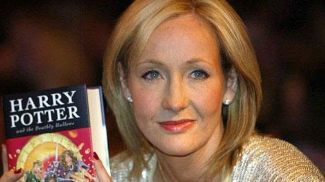 Роулинг опубликует цикл новых рассказов омире Гарри Поттера
