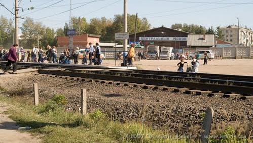 В Чунском районе 42-летняя женщина бросилась под поезд