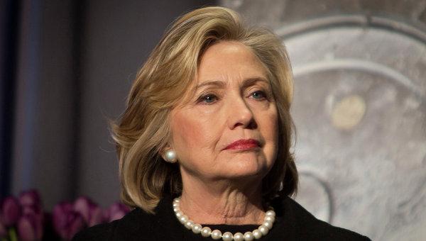 «Известия»: ВГосдуме предложили ввести санкции против Хиллари Клинтон