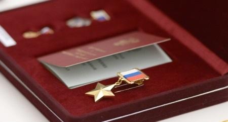 Путин наградит отличившихся вСирии военных