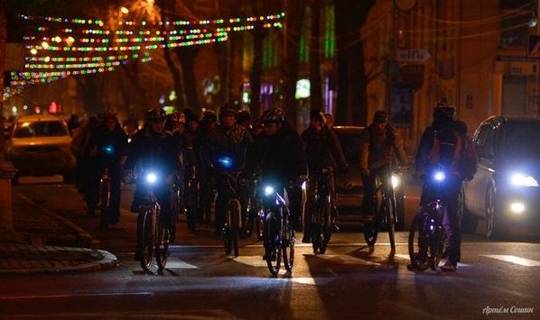 19 марта в Иркутске пройдет всероссийский велофлешмоб «Велосветлячки»