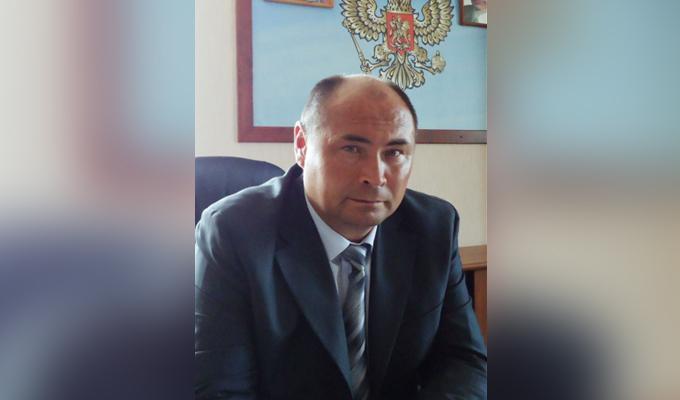 Мэр Ольхонского района был отпущен под залог в полмиллиона рублей