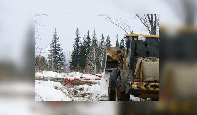В выходные в Иркутской области закрыли 10 ледовых переправ