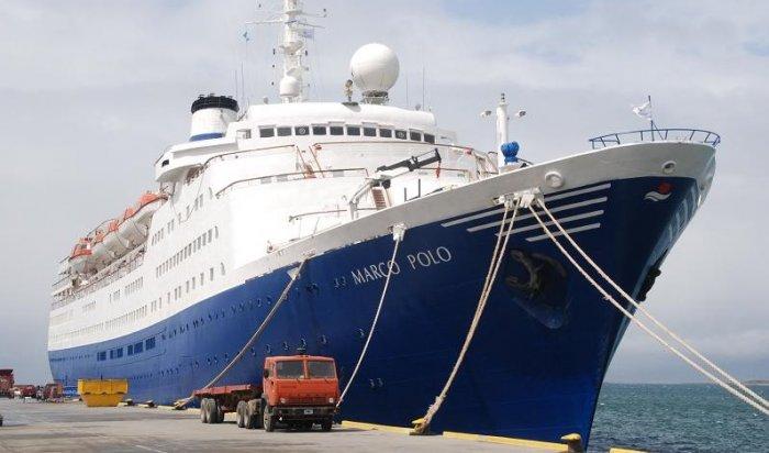 65-летняя британка пыталась вплавь догнать ушедший изпорта круизный лайнер