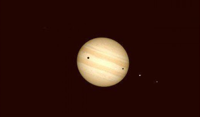 Иркутян приглашают посмотреть на Юпитер и его спутники