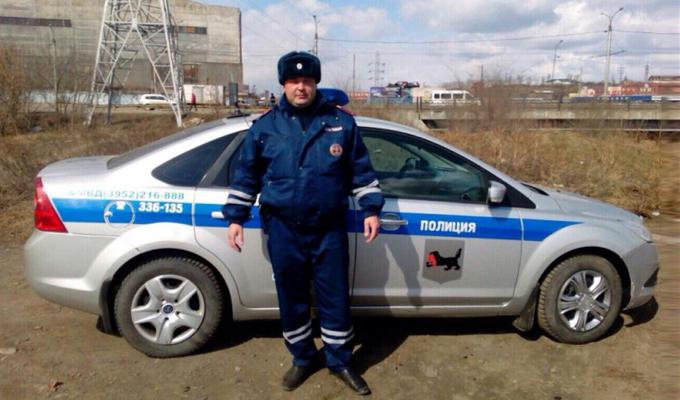 В Иркутске сотрудники ГИБДД помогли женщине вернуть оставленные в транспорте документы