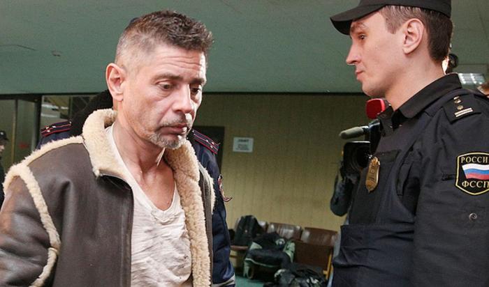 Актера Валерия Николаева подозревают в нападении на полицейского