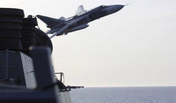 Пентагон показал полет Су-24 над своим кораблем «Дональд Кук» в Балтийском море