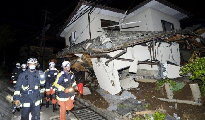 Врезультате мощного землетрясения вЯпонии пострадали минимум 800человек
