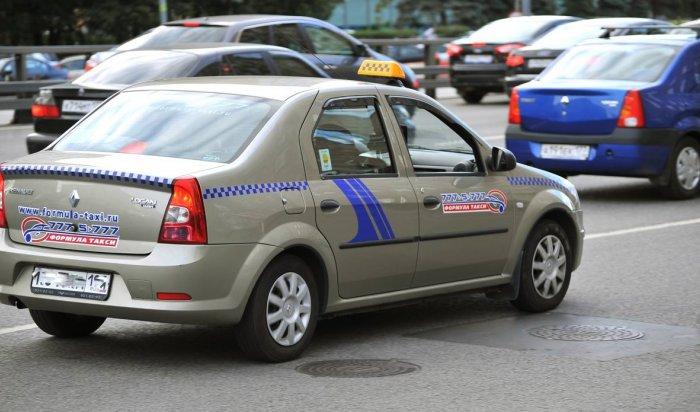 ВТвери похититель сутки возил таксиста вбагажнике, азатем застрелился