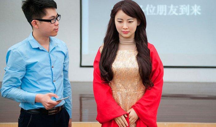 ВКитае ученые создали женщину-робота JiaJia