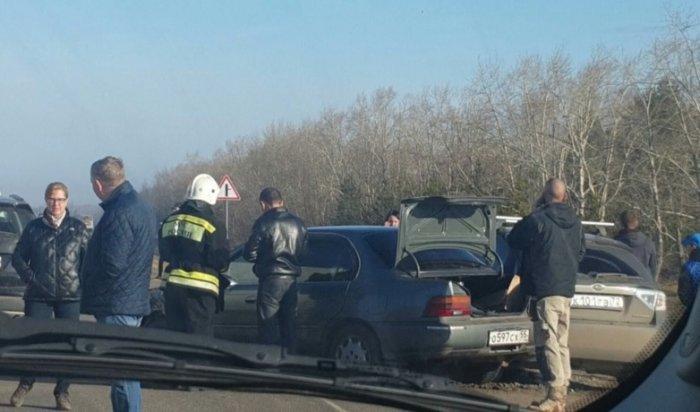 Наомской трассе из-за тумана столкнулись 26автомобилей