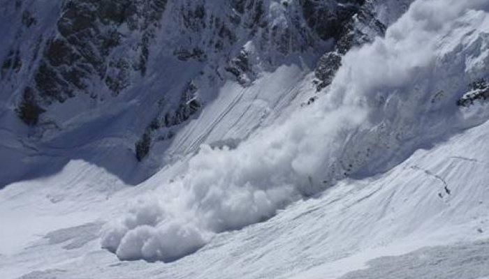 Два иркутских альпиниста погибли в горах в Бурятии во время схода лавины