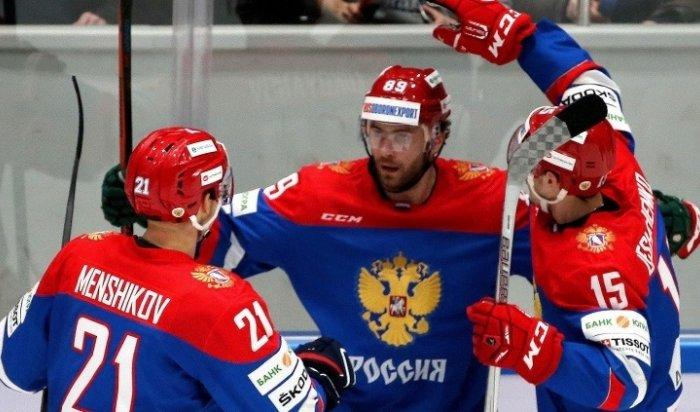 Сборная России похоккею уступила шведам вматче Евротура