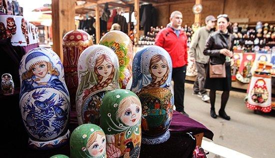 Иностранцы смогут вернуть часть налогов после шопинга вРоссии