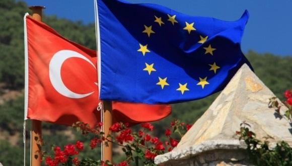Турция отменила визы для 28стран Евросоюза