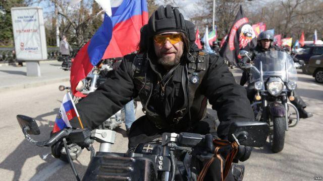 ВБелоруссии потребовали запретить мотоклуб «Ночные волки» заэкстремизм