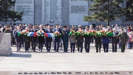 В Иркутске прошел митинг в честь 71-й годовщины Победы в Великой Отечественной войне