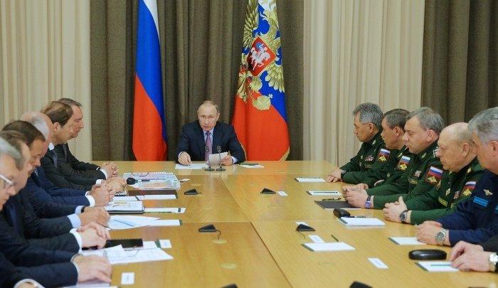Путин заявил онеобходимости создания нового российского самолета