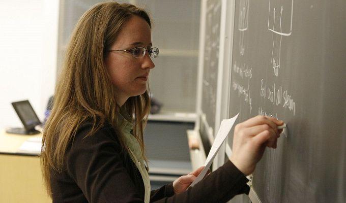 На что живут иркутские учителя?
