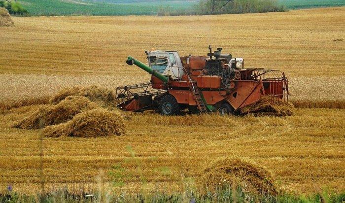 Сергей Левченко заявил о намерении создать в Приангарье аналоги колхозов