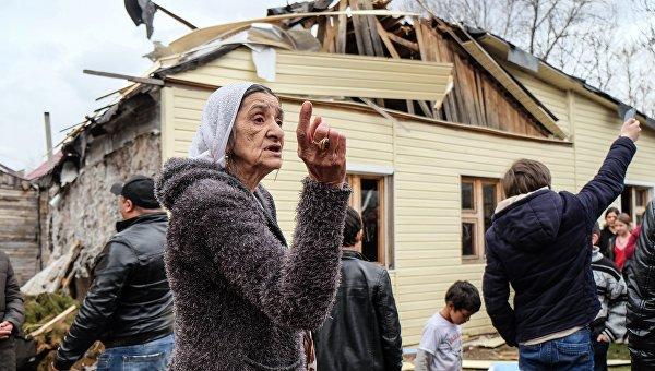 Впосёлке Плеханово Тульской области сносят дома цыган